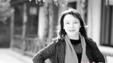 找寻不同文化的碰撞 新疆籍作家帕蒂古丽散文《被语言争夺的舌头》获人民文学奖