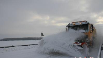 一路风雪一路情  ——塔城公路管理局塔城分局冬季除雪保畅通工作纪实